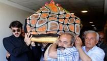 Oya Aydoğan son yolculuğuna uğurlandı!..