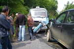 Zonguldak'ta öğrenci servisi kamyonetle çarpıştı!..