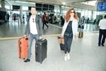 Azra Akın aşkıyla Malezya'ya uçtu
