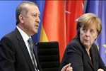 Erdoğan'dan Merkel'e kritik telefon
