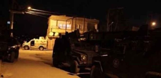 Diyarbakır'da gece yarısı bombalı saldırı!