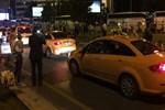 Patlama sonrası taksicilerden tepki çeken hareket!