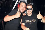 Onur Büyüktopçu soluğu DJ kabininde aldı!
