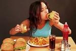 Reflü, 'fast-food' sevenleri vuruyor!..