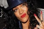 Rihanna'yı virüs korkusu sardı!..