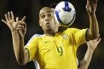 Adriano'nun son hali şaşkınlık yaratıyor!