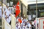 Türk hacı adayları Arafat'ta