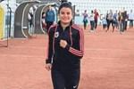 İşitme engelli sporcu Aysun Akay destek bekliyor!