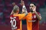 Selçuk İnan'a, Sneijder şoku!..