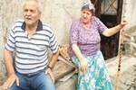 Yaşlı çifte verilen zekâtı çaldılar!