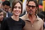 Brad Pitt'ten sürpriz karar!