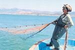 İzmir'de tek kadın balıkçı