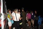 Makedon turistleri taşıyan otobüs kamyona çarptı!