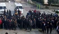Lisede öğrenciler öğretmenlere saldırdı