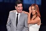 Efsane Maradona da sahneye çıktı!