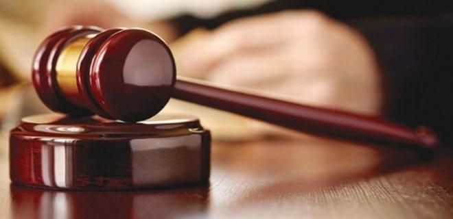Darbeci asker eşlerinden 80'i tutuklandı