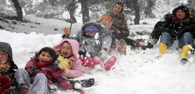 MEB'den öğrencileri üzecek karar: 'Kar tatiline telafi eğitimi'