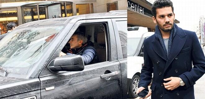 Rüzgar Çetin şoförle geziyor