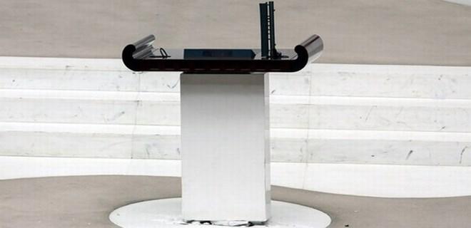 Meclis kürsüsündeki 15 bin Euro'luk mikrofon kayıp!