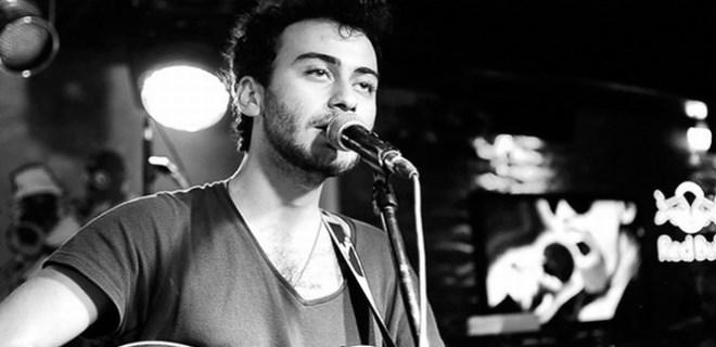 Müzisyen Kaan Boşnak gözaltına alındı!