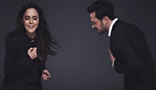 Ebru Gündeş ve Murat Boz'a rekor ilgi