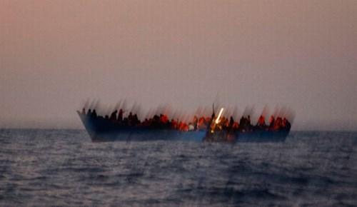 Şok! 200'e yakın göçmen boğuldu!..