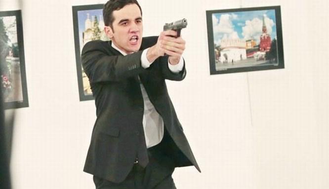 Büyükelçi suikastında flaş gözaltı!