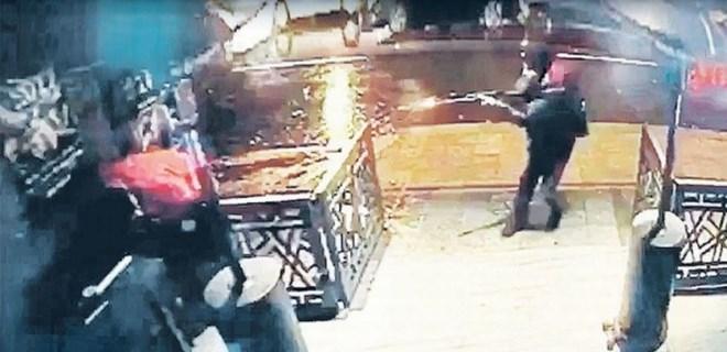 Reina'da katliam yapan terörist Türkçe küfürler etmiş