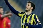 Salih Uçan'a Amerika ve Avrupa'dan transfer teklifi!