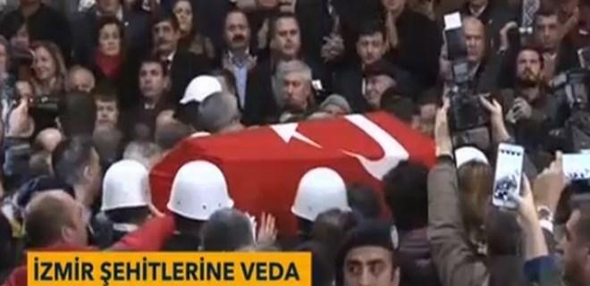İzmir Adliyesinde şehitler için tören