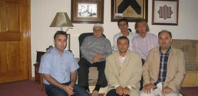 Gülen'li fotoğraf için açıklama yaptı