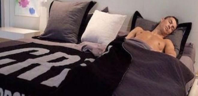 Ronaldo'nun uyku sırrı!