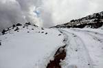 Erzurum'da kar kalınlığı 5 santimetreyi buldu