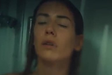 Sinem Kobal'ın konuşulan banyo sahnesi