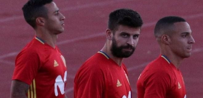 İspanyol taraftarlardan Gerard Pique'ye büyük tepki