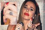 Gülşen yeni yüzüğüyle şov yaptı!