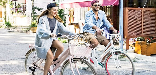 Elçin ve Barış için bisiklet zamanı