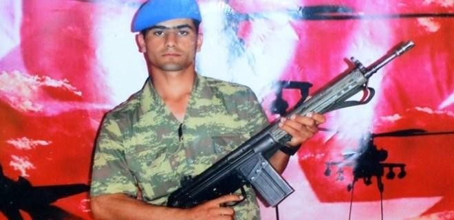DEAŞ'ın yaktığı iddia edilen askerin babası dava açtı