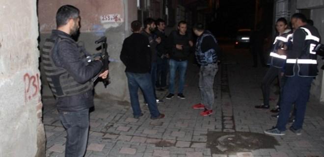 Diyarbakır'da 800 polisle hava destekli asayiş uygulaması