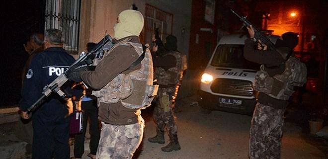 800'e yakın DEAŞ'lı terörist Türkiye'ye girmiş!