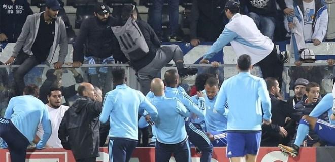 Patrice Evra futboldan men edildi!