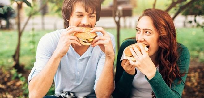 Evlilik obezite riskini artırıyor!
