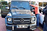 Murat Boz arabayı ikiledi!