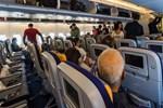 Ankara uçağında yumruklar konuştu!