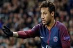 Neymar Real Madrid sorusuna sinirlendi
