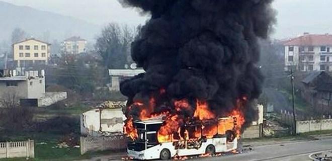 Halk otobüsünde can pazarı yaşandı!
