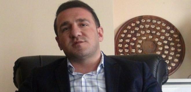AK Parti merkez ilçe eski başkanının otomobiline bombalı saldırı