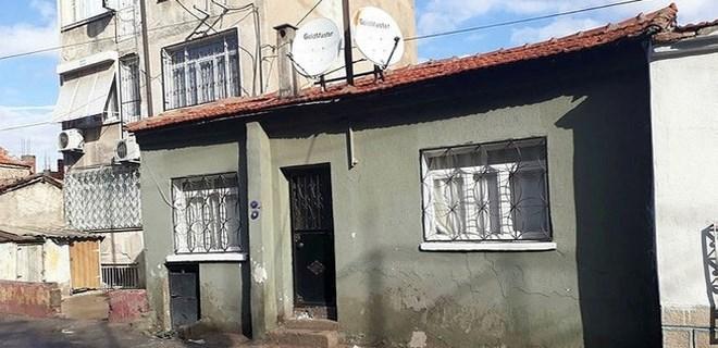 İzmir'de iki çocuk evde ölü bulundu