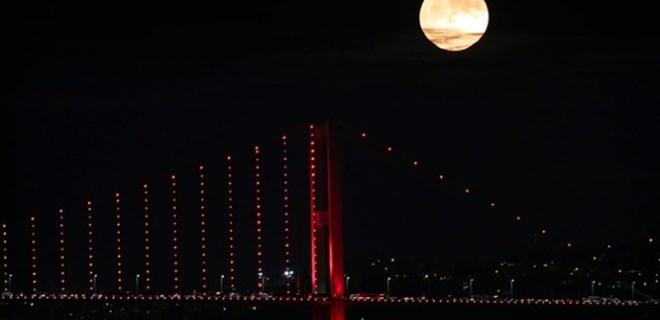 Hafta sonu gökyüzünde 'Süper Ay' şöleni yaşanacak