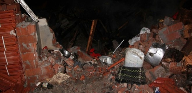 80 yaşındaki felçli adam evinde çıkan yangında öldü!..
